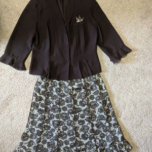 Danny and Nicole size 16 ,two piece skirt set
